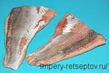 разарезаем рыбу пополам