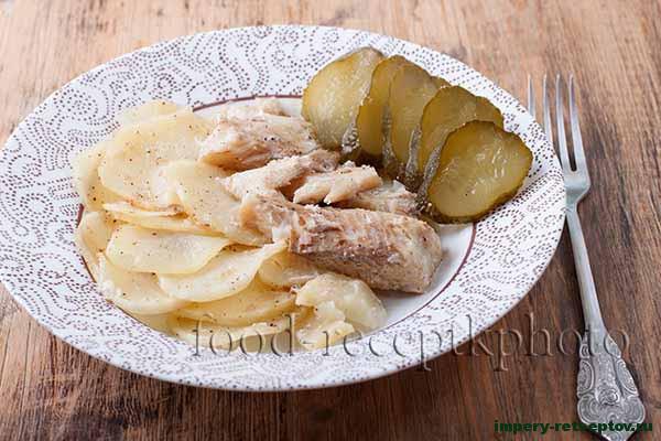Щука запечённая с картофелем