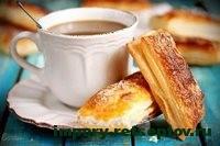 булочки с чаем