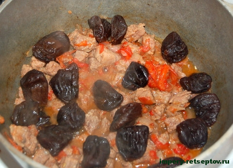 Мясо с черносливом для гурманов