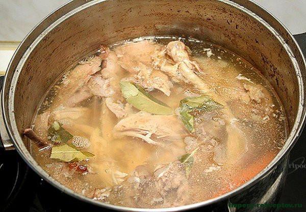 сварить курицу и овощи
