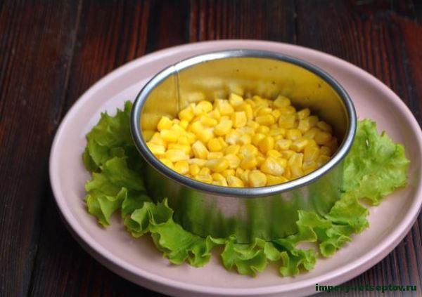 выложить слой кукурузы