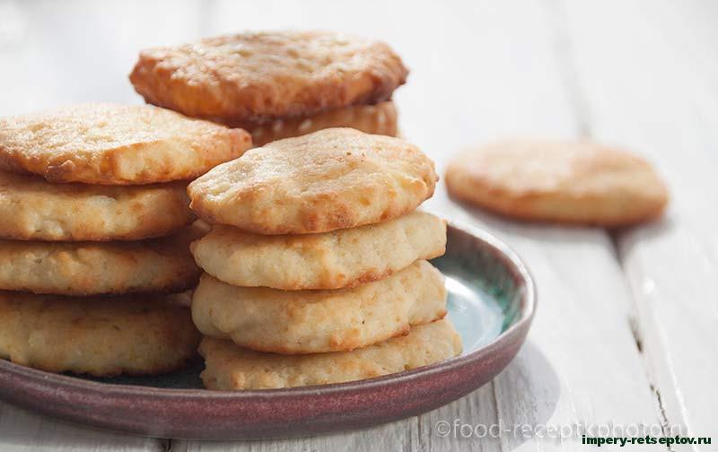 Творожное печенье с лимонной цедрой