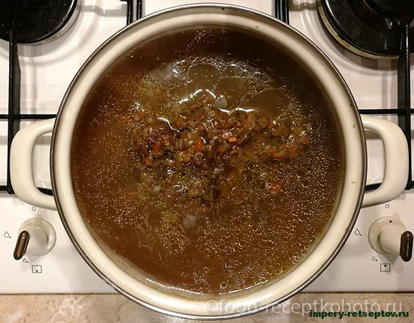 Грибной суп из сухих белых грибов с мясом