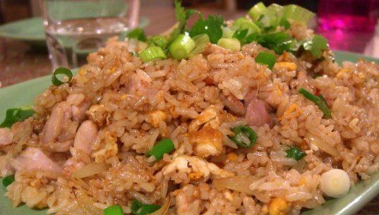 рис с курицей по-тайски