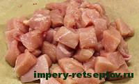 нарезать куриную грудку