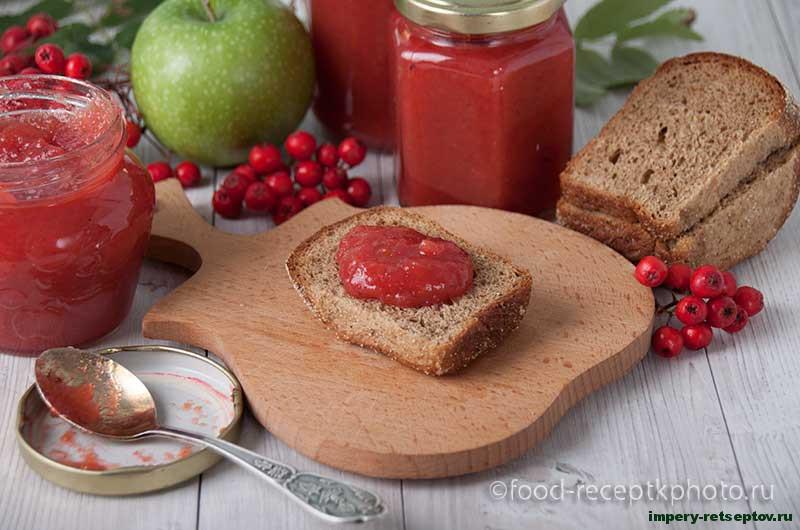 Рябиново-яблочный джем со специями