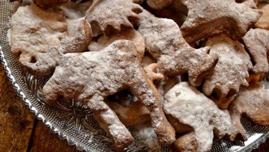 фигурное рождественское печенье